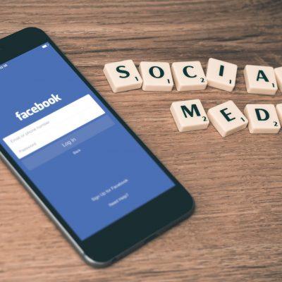 Facebook, quattro utenti tipo che trovi online