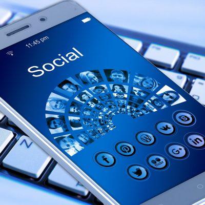 Facebook, sono 4 gli utenti tipo che trovi online