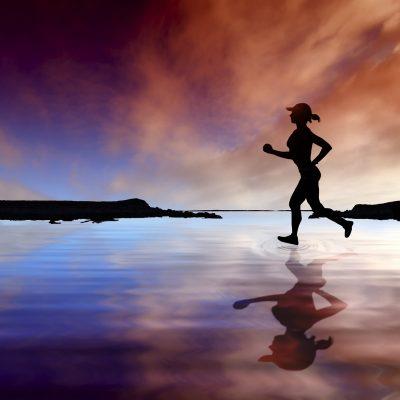La corsa protegge e rafforza le ossa delle donne