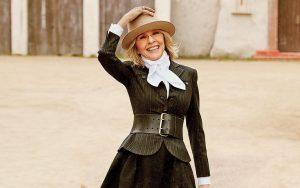 Diane Keaton sorride