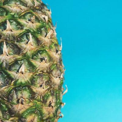 Ananas, la leggerezza nascosta in un frutto spinoso (e dolce)