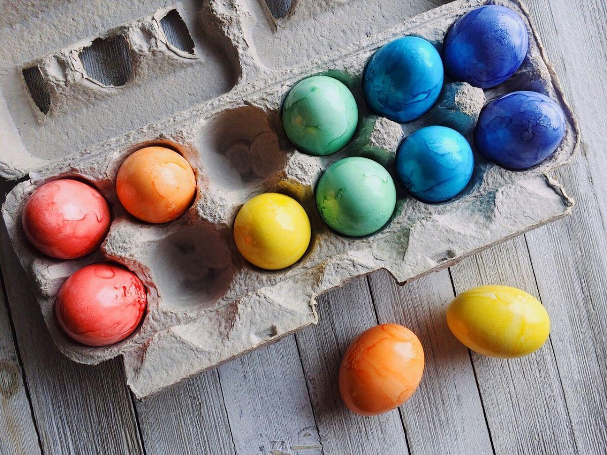 Pasqua, le uova colorate