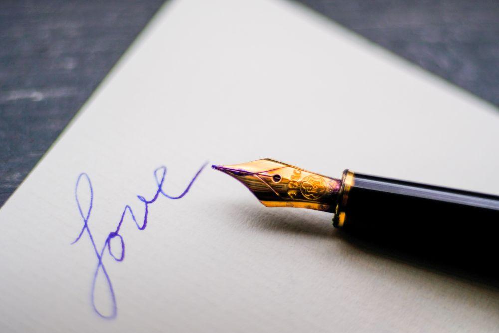 Lettere d'amore, una penna stilografica per scrivere