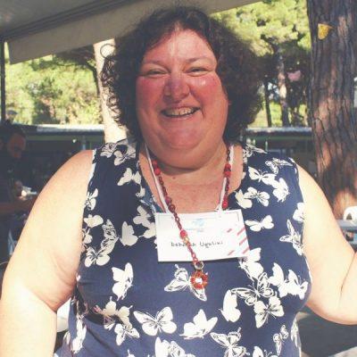 Deborah Ugolini, la magia della voce in uno spazio per tutte